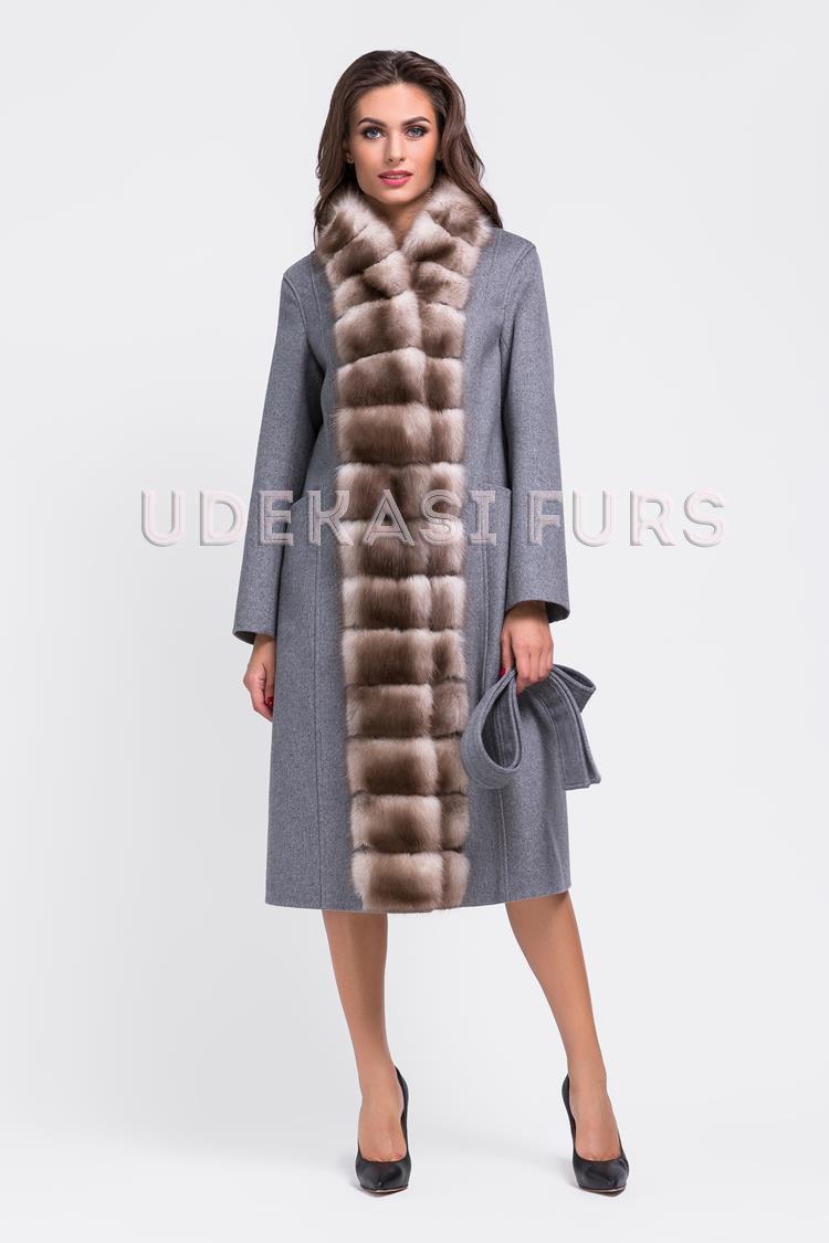 Пальто с мехом каменной куницы 9037-04 от магазина Udekasi Furs ... 1bfec243c5230