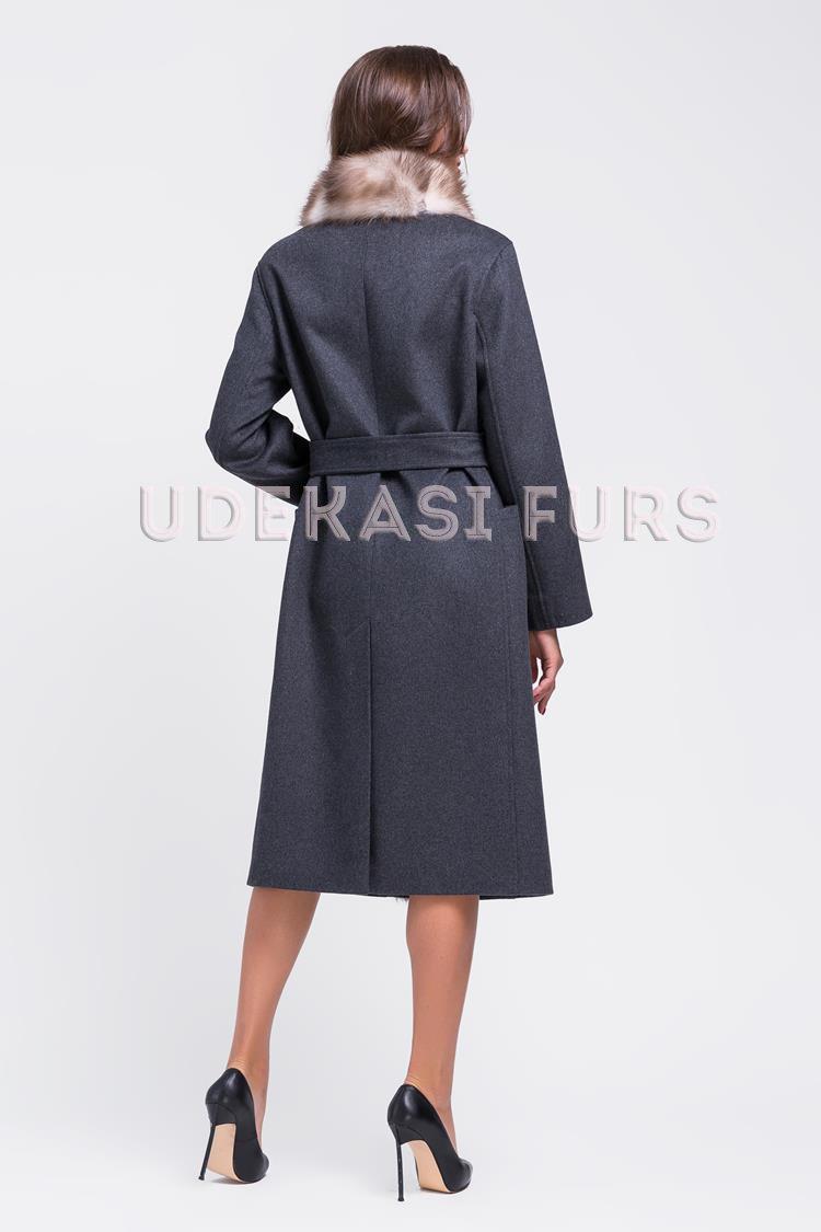 ... Пальто с мехом каменной куницы 9037-05 от магазина Udekasi Furs -  2 ae96b1b8a92de